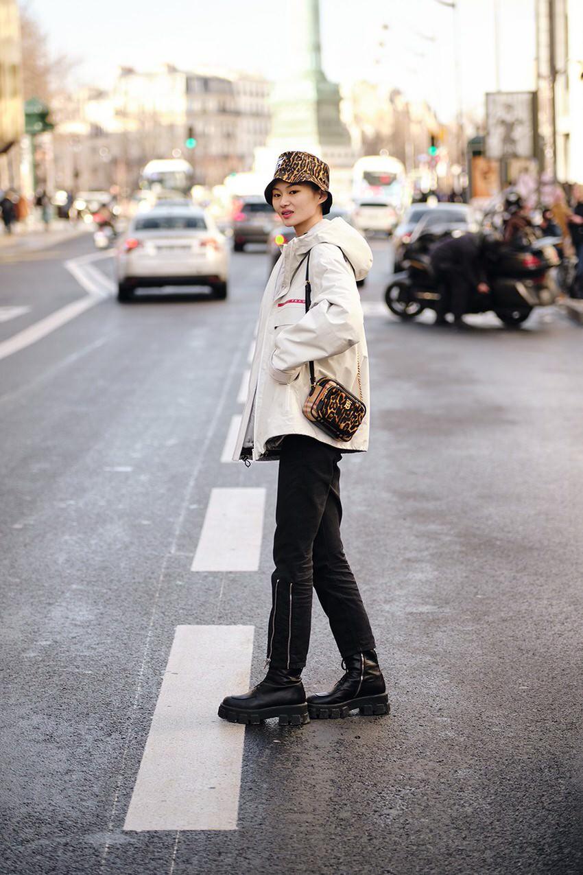 """International Street Style Fashion - Paris: <a href=""""https://www.hypebae.com""""target=""""_blank"""">Hypebae</a>"""