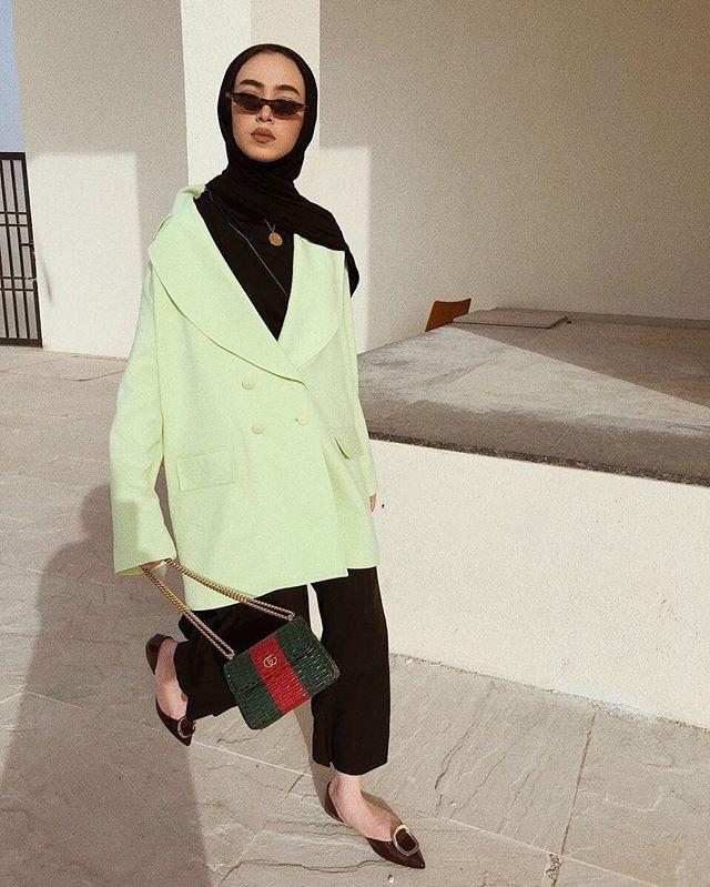 "Dubai: <a href=""https://www.instagram.com/leenalghouti/""target=""_blank"">Leena Ha</a>"