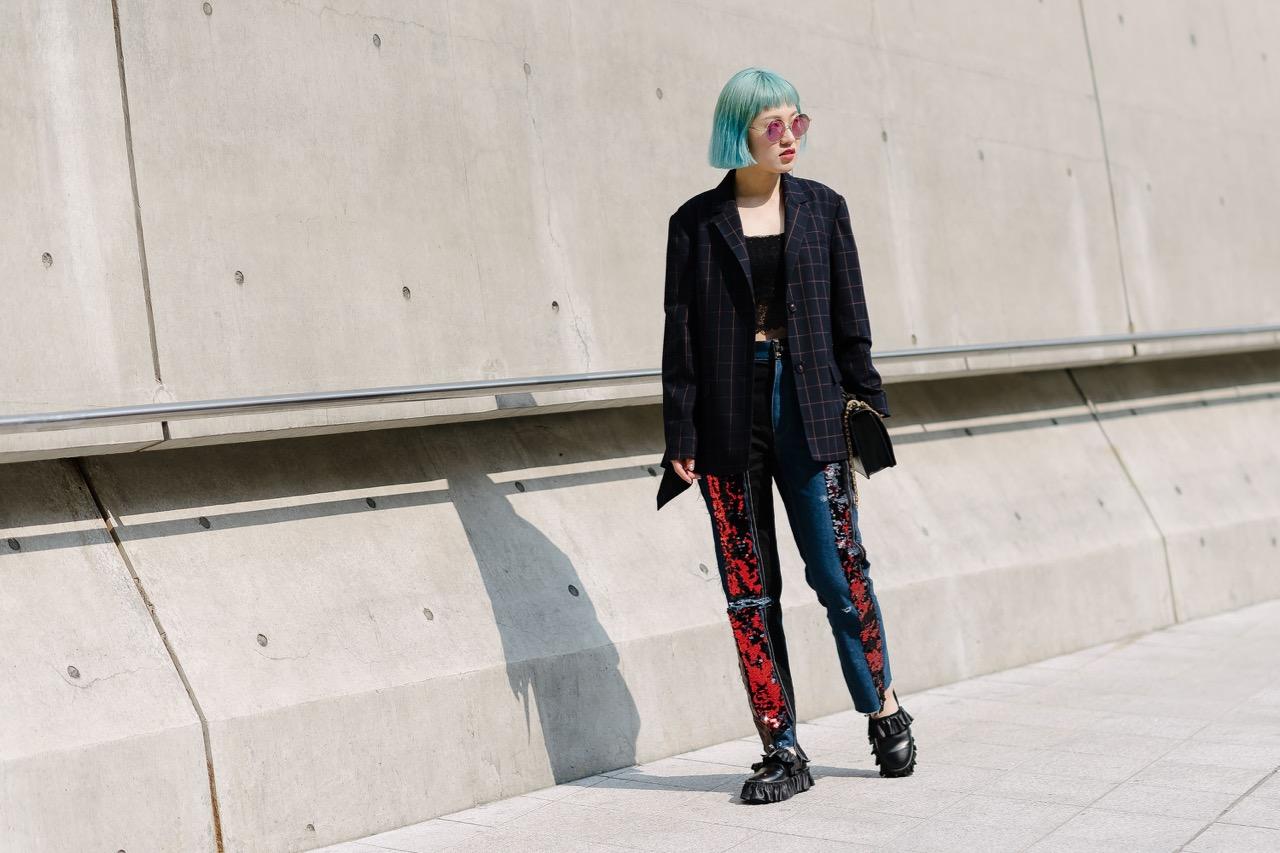 """Seoul: <a href=""""http://www.vogue.com.au/?international"""">Vogue</a>"""