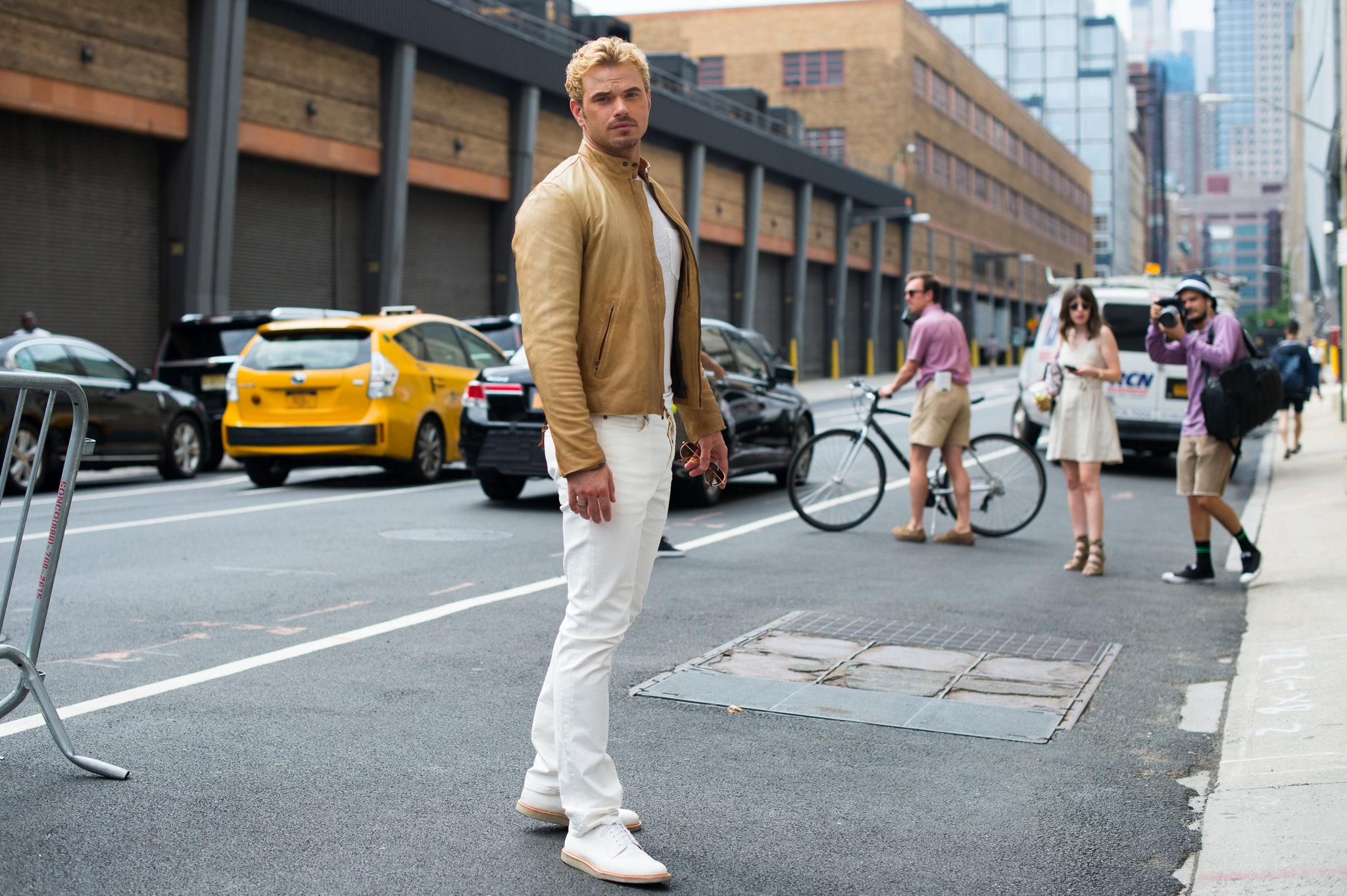 "New York: <a href=""http://www.newyorktimes.com//""target=""_blank"">New York Times</a>"