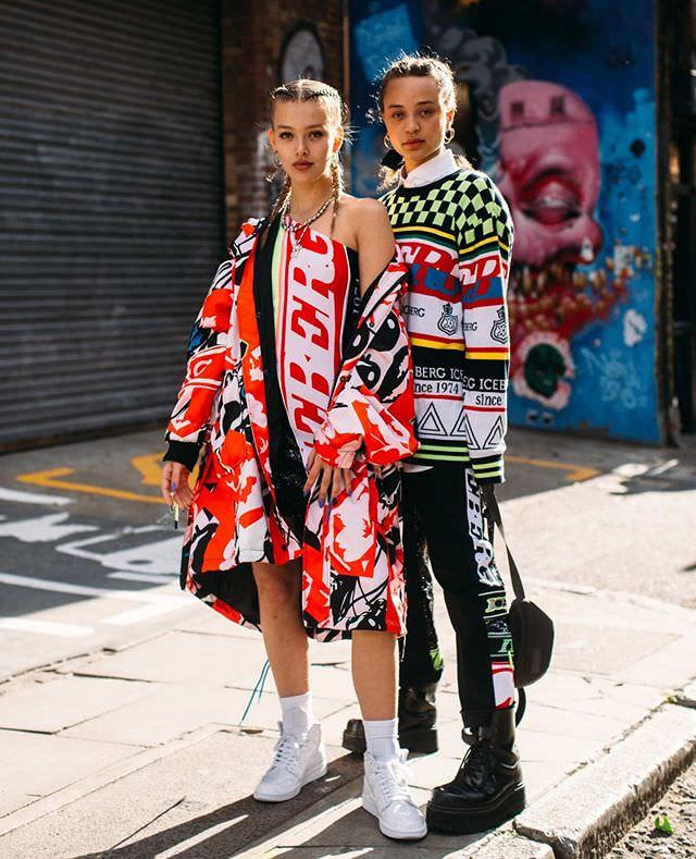 """London: <a href=""""https://www.instagram.com/fashionweek/""""target=""""_blank"""">FW</a>"""