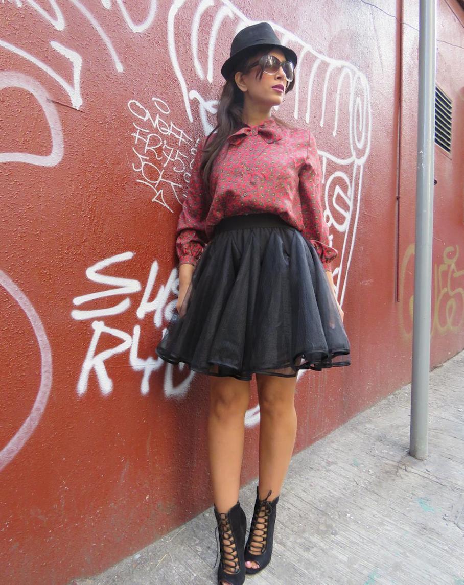 "Hong Kong:  <a href=""http://instagram.com/naomi_sfashion/""target=""_blank"">Naomi Sarkadi</a>"