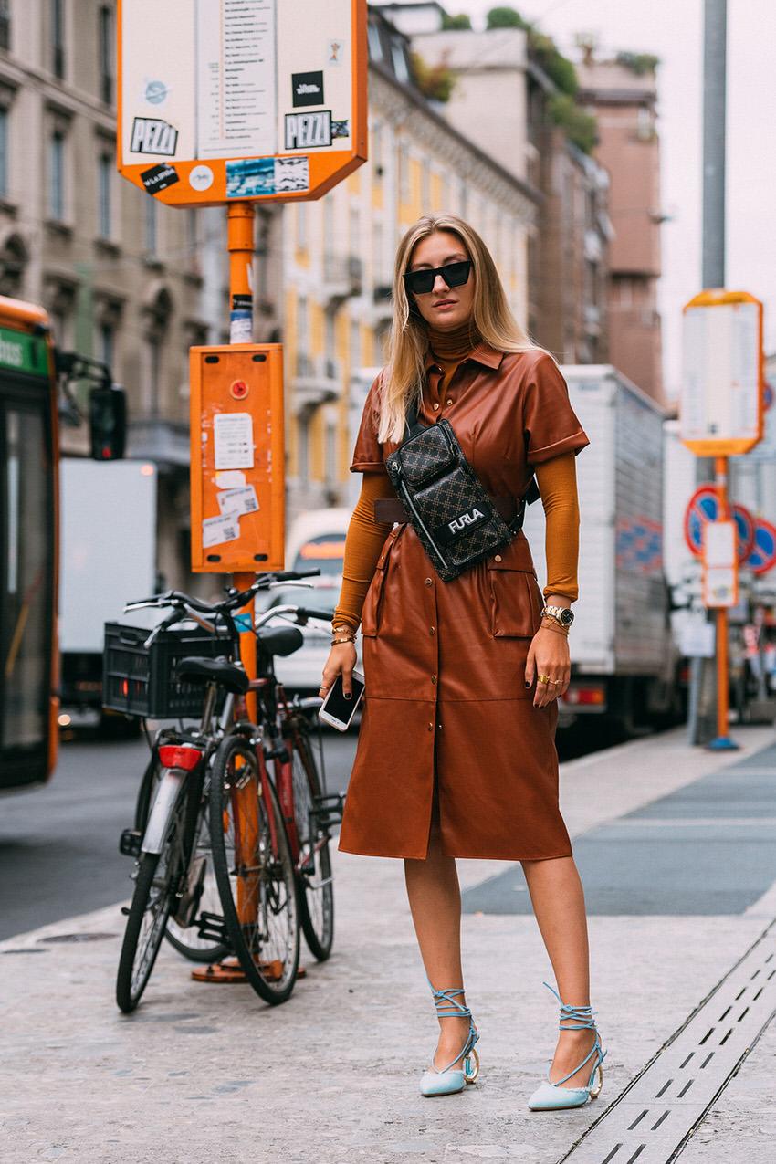 "Milan: <a href=""https://www.footwearnews.com""target=""_blank"">FWN</a>"