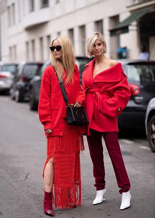 "Paris: <a href=""https://www.instagram.com/joannatotolici/""target=""_blank"">Joanna Totolici</a>"