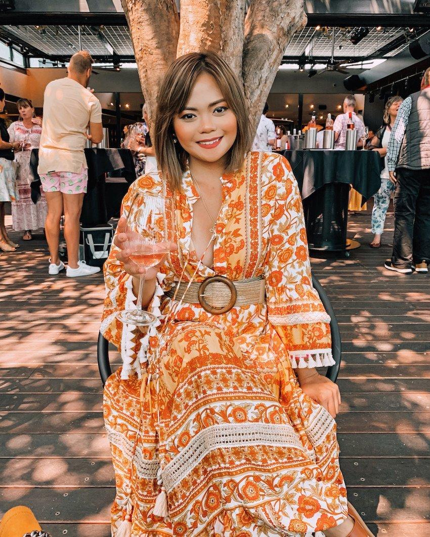 Aurora Banez - fashion Blogger