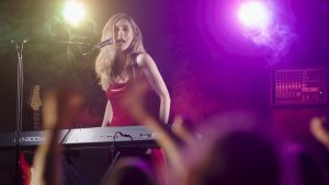 Clip froom Jessica Braithwaite's music video with a fake audience