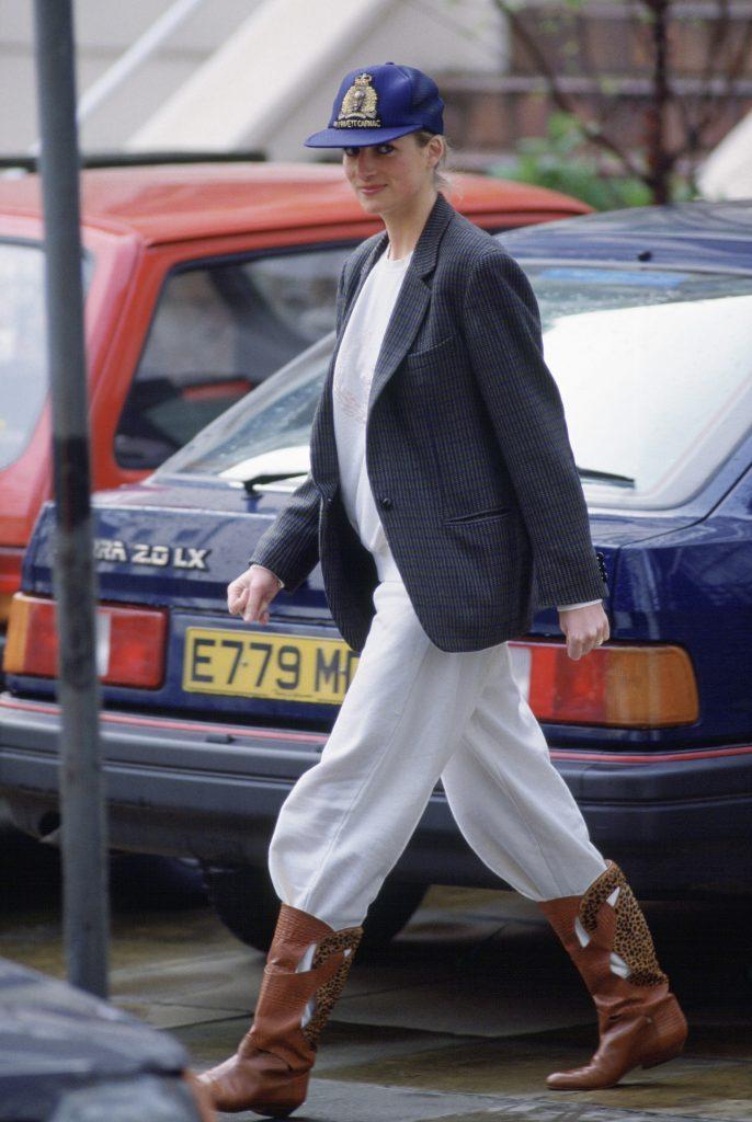 Princess Diana in Loungewear/Sweatpants