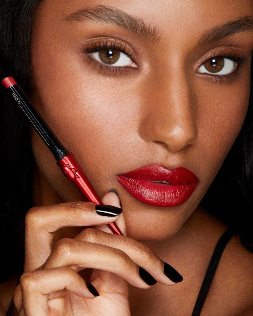 Cruelty free makeup brands Hourglass